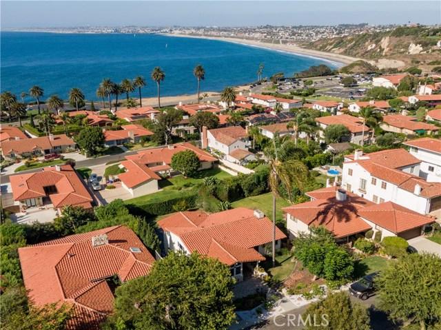 441 Via Almar, Palos Verdes Estates, California 90274, 5 Bedrooms Bedrooms, ,Single family residence,For Sale,Via Almar,PV19223958