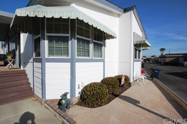 Detail Gallery Image 1 of 1 For 19361 Brookhurst St #85,  Huntington Beach,  CA 92646 - 3 Beds | 2 Baths