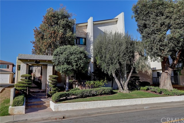 2611  Ruhland Avenue 3, Redondo Beach in Los Angeles County, CA 90278 Home for Sale