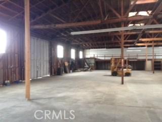 980 Holt W Avenue, Pomona CA: http://media.crmls.org/medias/faac53ba-243b-4731-b186-7374eb1e3567.jpg