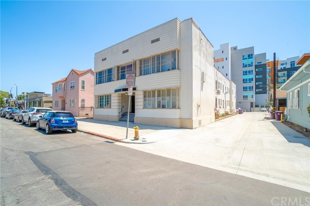 Photo of 128 Lime Avenue #1, Long Beach, CA 90802