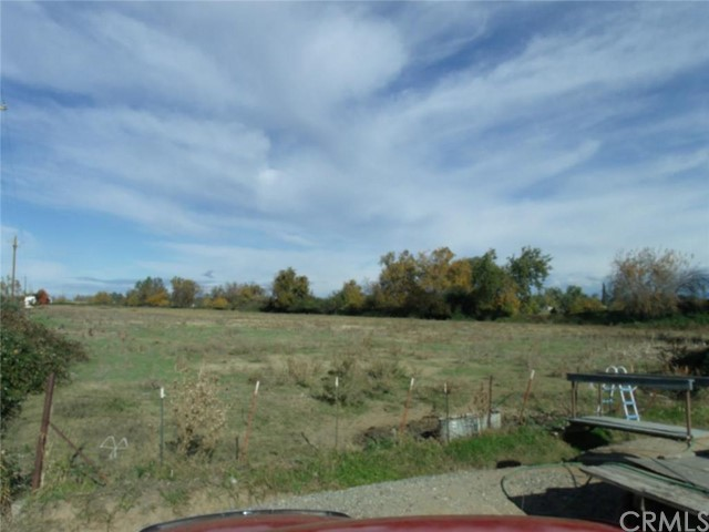 0 Highway 99, Orland CA: http://media.crmls.org/medias/fac8ccfe-26f6-4930-9fd3-f7c29d804aad.jpg