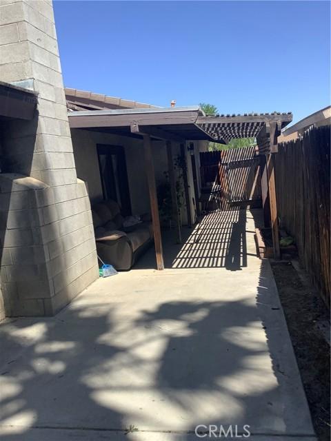 6904 Ranch House Road, Bakersfield CA: http://media.crmls.org/medias/fac9ac77-d322-4148-b657-d961a23f4524.jpg