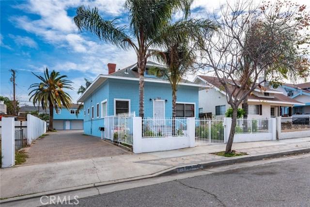 705 Ramona Avenue, Corona CA: http://media.crmls.org/medias/facf1888-0504-41f3-8bac-c44cd2c7a21e.jpg