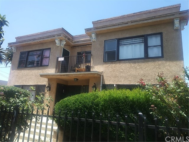 855 W 43rd Place Los Angeles, CA 90037 - MLS #: DW17132699