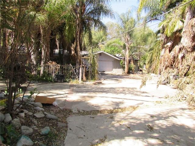 19580 Clark Street, Perris CA: http://media.crmls.org/medias/faed54f9-220e-4d45-9046-58bb4bf27557.jpg