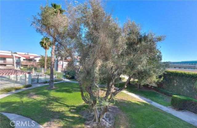 1006 S Citron St, Anaheim, CA 92805 Photo 2
