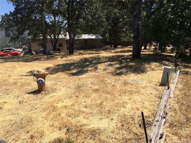 5373 Treasure Hill Drive, Oroville CA: http://media.crmls.org/medias/faf61e7d-c545-4c90-8ad3-4838abc6edd9.jpg