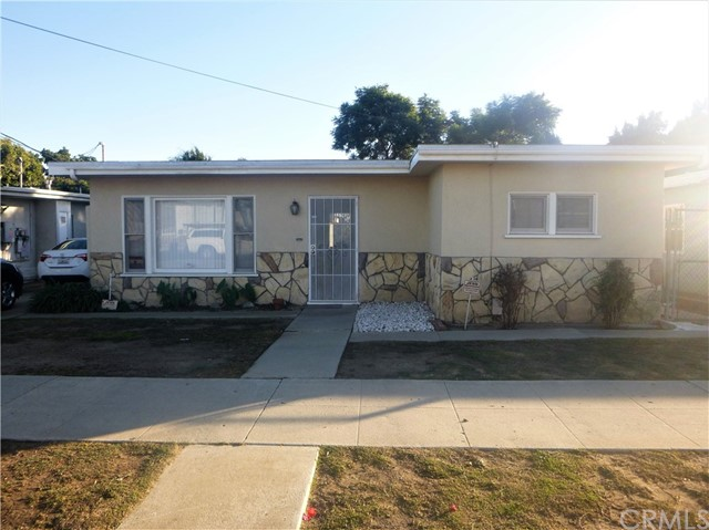 806 168th Street, Gardena, California 90247, 3 Bedrooms Bedrooms, ,1 BathroomBathrooms,Single family residence,For Sale,168th,SB20248894