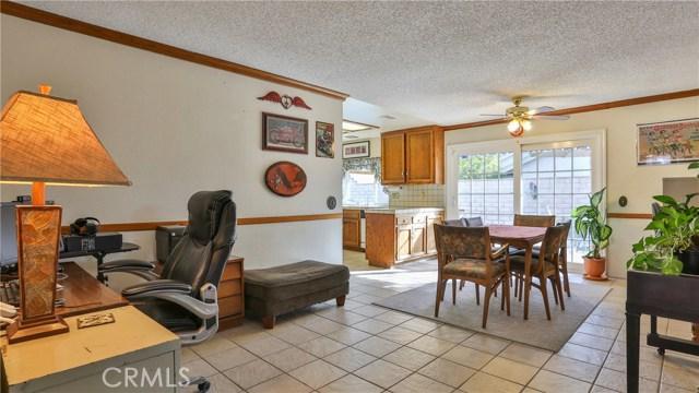 1322 Lanfair Street, Redlands CA: http://media.crmls.org/medias/fafbb3f7-d340-4c10-98e3-a2c429ed6ea7.jpg