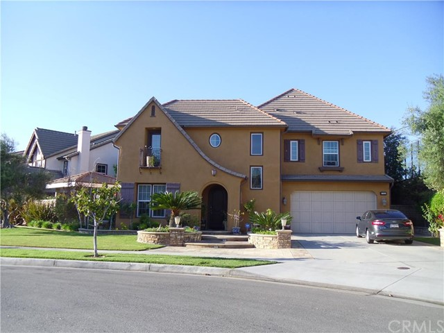 Single Family Home for Sale at 715 West Aster St 715 Aster Santa Ana, California 92706 United States