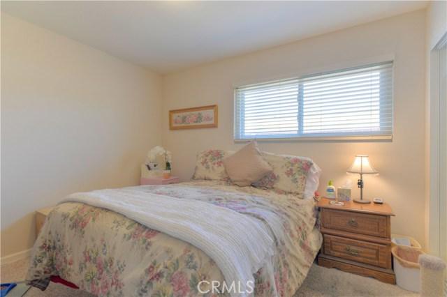 185 Madison Street, Oceanside CA: http://media.crmls.org/medias/fb13b5aa-a6ac-482d-9514-3345a8ec97dd.jpg