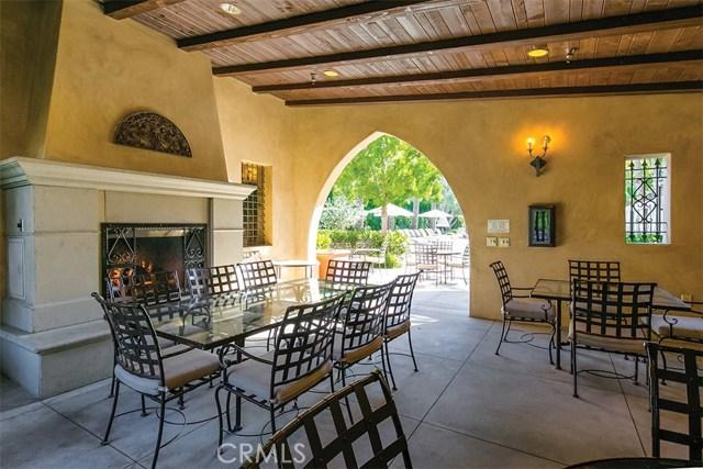 40 Gardenpath, Irvine CA: http://media.crmls.org/medias/fb15b279-7aa6-49a7-b304-06f52facf623.jpg
