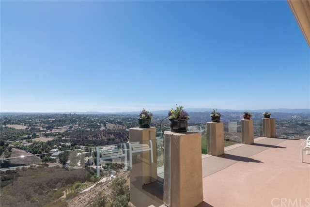 3335 Red Mountain Heights Drive, Fallbrook CA: http://media.crmls.org/medias/fb16b00b-ef8e-4d20-bd4f-40709f6cd4c4.jpg