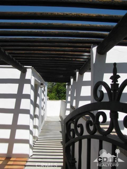 1420 Rosarito Way, Palm Springs CA: http://media.crmls.org/medias/fb17fc0c-fc94-4b17-8178-c5873f01a3d5.jpg