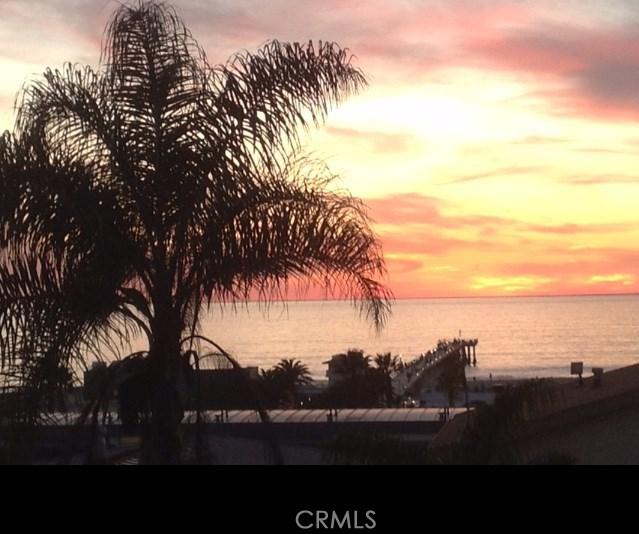 1136 Monterey Blvd, Hermosa Beach, CA 90254