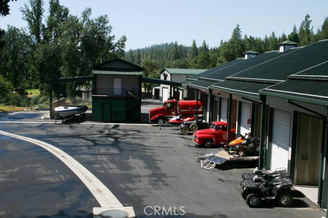 Industrial por un Venta en 40966 Orchard Lane Bass Lake, California 93604 Estados Unidos