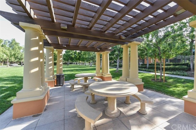 42 Pathway, Irvine CA: http://media.crmls.org/medias/fb26b5e2-473c-4512-84d0-966e491efc13.jpg