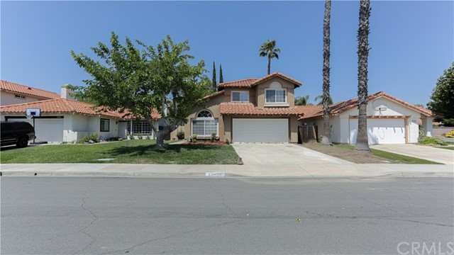 Photo of 25084 Via Las Lomas, Murrieta, CA 92562