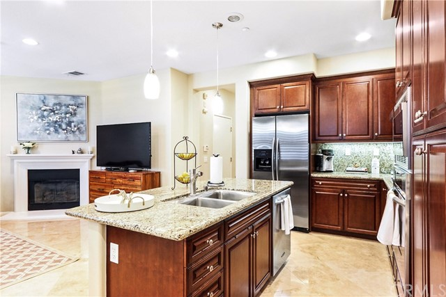 189 Wild Lilac , CA 92620 is listed for sale as MLS Listing SW18197462