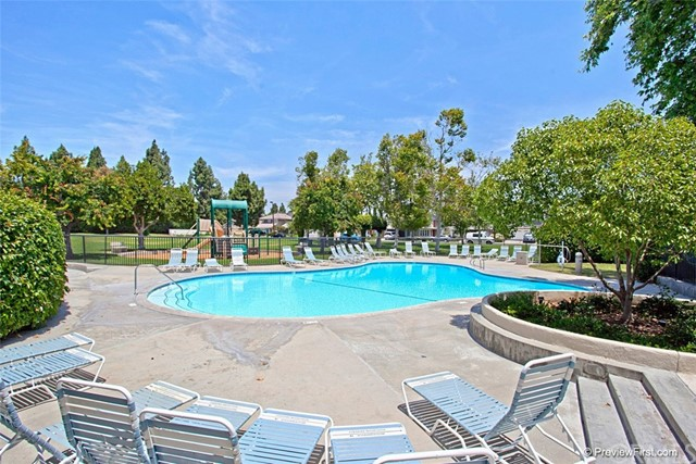 67 Woodleaf, Irvine, CA 92614 Photo 22