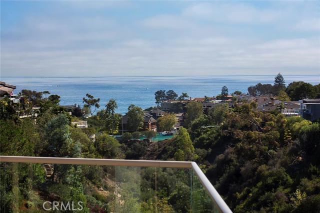 Single Family Home for Sale at 404 De Sola St Corona Del Mar, California 92625 United States