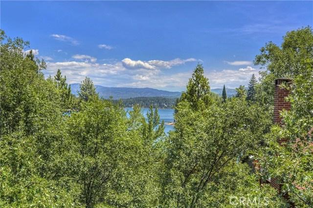27537 W Shore Road, Lake Arrowhead CA: http://media.crmls.org/medias/fb65a003-999d-4b9e-81da-24d652f87b77.jpg