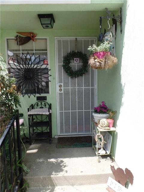 233 E 51st St, Long Beach, CA 90805 Photo 4