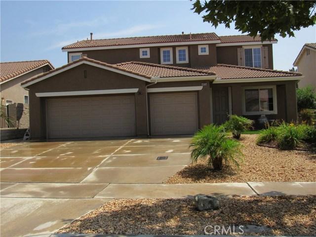 6975 Garden Rose Street, Fontana CA: http://media.crmls.org/medias/fb66f405-d486-4284-acda-2ed14394596b.jpg