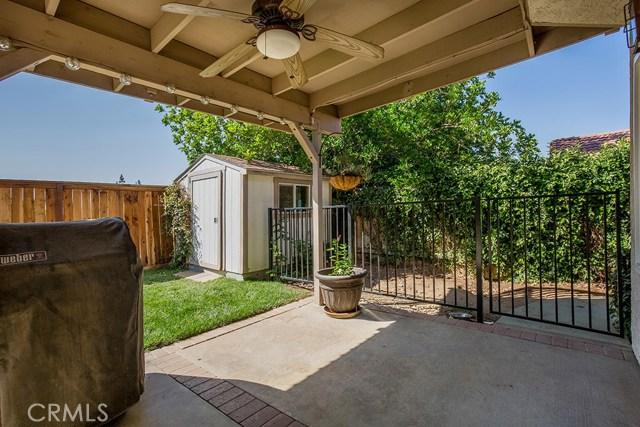 122 Orange Park, Redlands CA: http://media.crmls.org/medias/fb691a54-2146-4a57-8e82-41e3b084486d.jpg