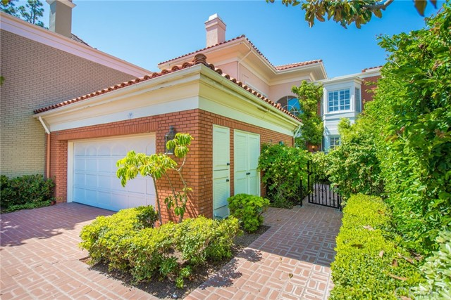 18 Belcourt Drive 5, Newport Beach, CA 92660