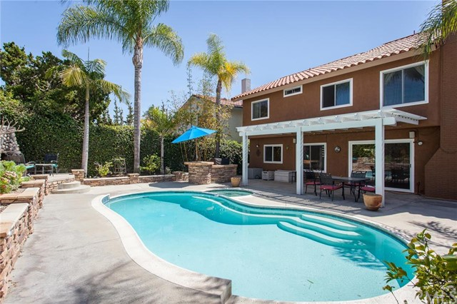 Single Family Home for Sale at 21422 Via Floresta St Lake Forest, California 92630 United States