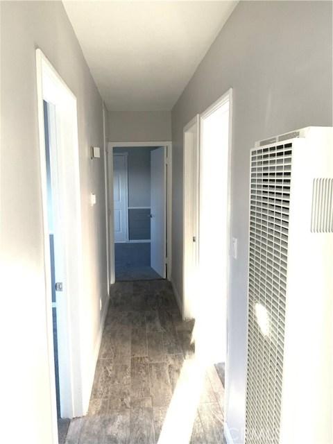 440 E 121st Street, Los Angeles CA: http://media.crmls.org/medias/fb8c97d4-ab64-48d6-86b4-20e5ffbf3d8f.jpg