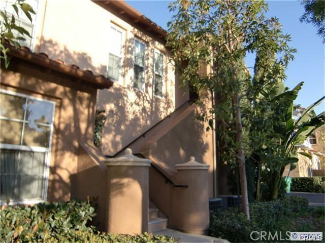 51 Duet, Irvine, CA 92603 Photo 2
