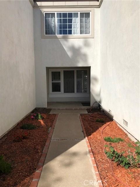 10 Foxglove Wy, Irvine, CA 92612 Photo 1