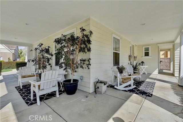 15 Melody Lane, Ladera Ranch CA: http://media.crmls.org/medias/fba92f37-e339-4c6b-af3c-82e017ae284b.jpg