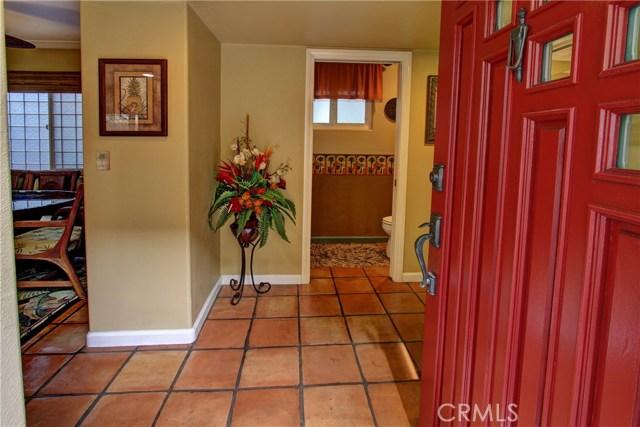 19241 Delaware Street, Huntington Beach CA: http://media.crmls.org/medias/fba9a81e-85b5-4baf-9d36-3c72ecbcdf3f.jpg