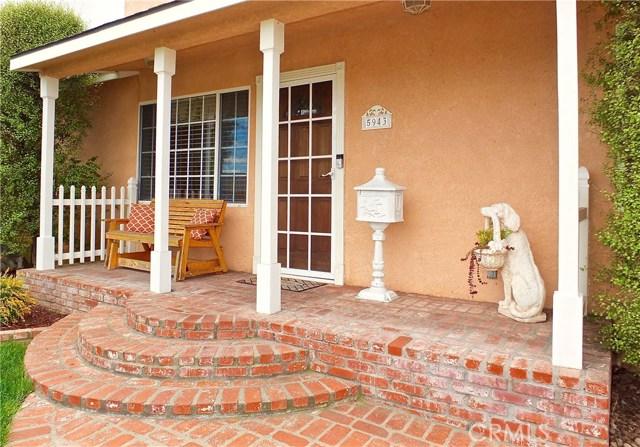 5943 Eastbrook Avenue, Lakewood CA: http://media.crmls.org/medias/fbaf5a20-df25-42f4-bff7-8e8d44595dba.jpg