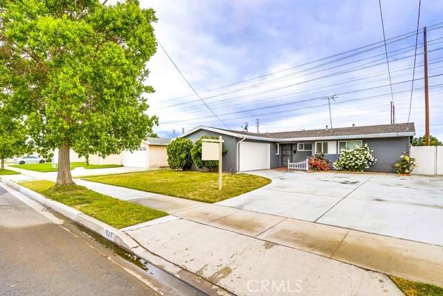 927 N La Reina St, Anaheim, CA 92801 Photo 4