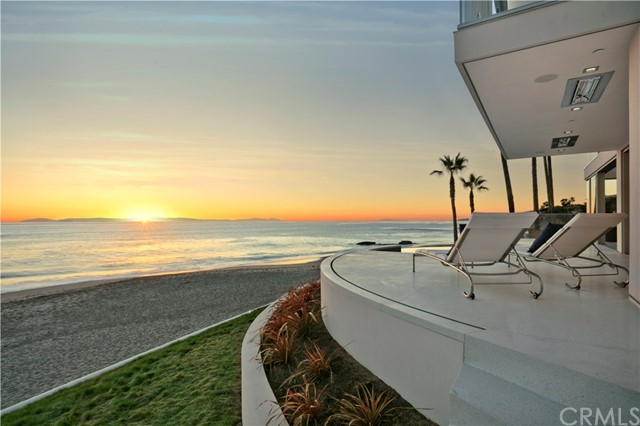 Single Family Home for Sale at 24 Lagunita Drive Laguna Beach, California 92651 United States