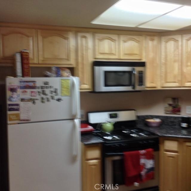 779 Gianni Drive, Corona CA: http://media.crmls.org/medias/fbd99624-9bf0-457c-91c7-ad83ede8a167.jpg