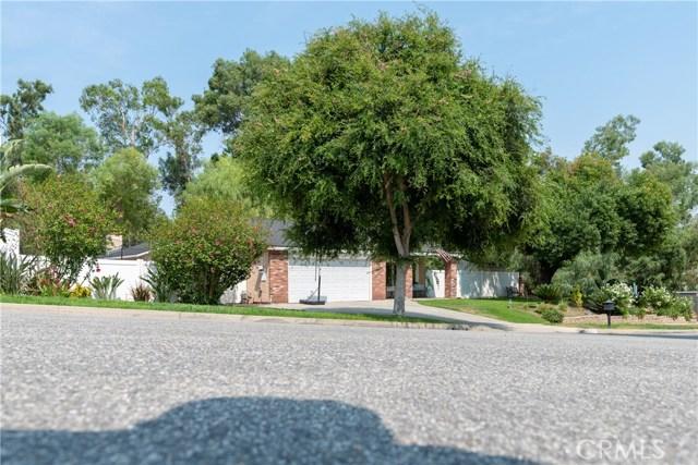 15450 Rolling Ridge Drive, Chino Hills CA: http://media.crmls.org/medias/fbdebdda-6420-4834-b616-44f7d800daf8.jpg