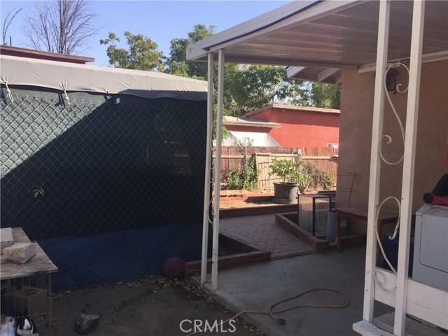 313 N Poe Street, Lake Elsinore CA: http://media.crmls.org/medias/fbf33b75-4b03-4e9d-bcdd-3144de44901a.jpg