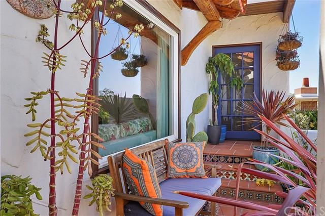 302 Buena Vista Avenue, San Luis Obispo CA: http://media.crmls.org/medias/fbf3c688-d34d-4191-b078-437d85a5e620.jpg