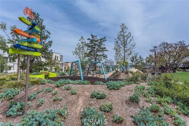 104 Electra, Irvine CA: http://media.crmls.org/medias/fbf6e682-17aa-452b-a686-16206d0136cb.jpg
