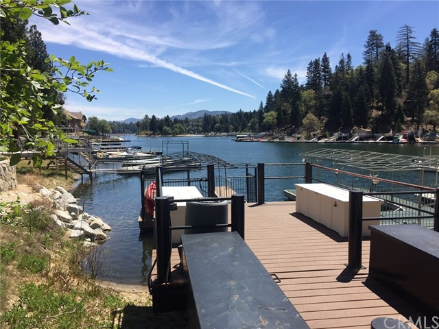 27391 North Bay Road Lake Arrowhead, CA 92352 - MLS #: EV18111065