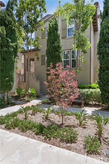 220 Tall Oak  Irvine CA 92603