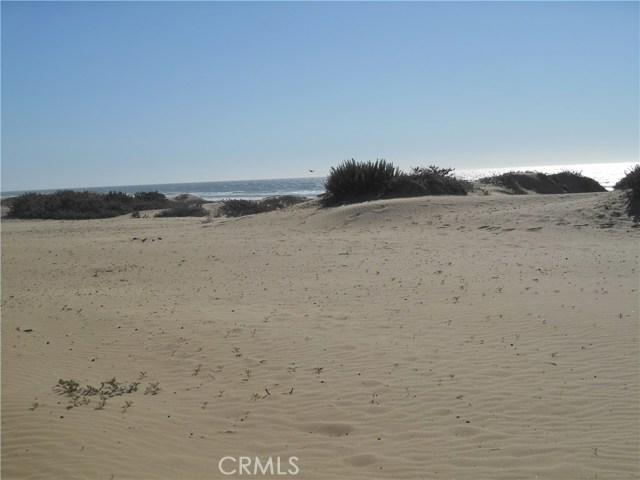 1358 Strand Way, Oceano CA: http://media.crmls.org/medias/fc0b7341-9c64-49f9-bdcb-fea678e795d0.jpg