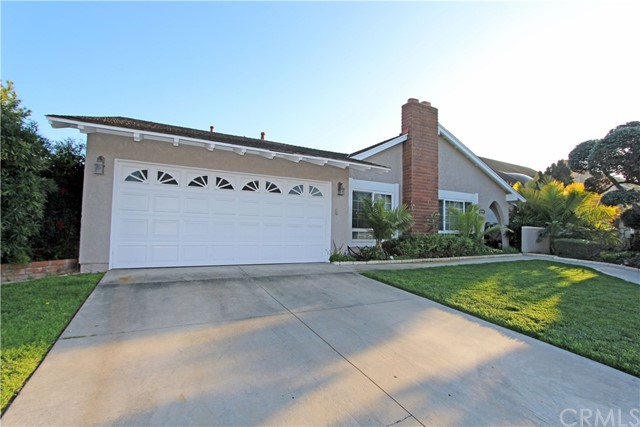 Single Family Home for Rent at 10448 Apache River Avenue Fountain Valley, California 92708 United States