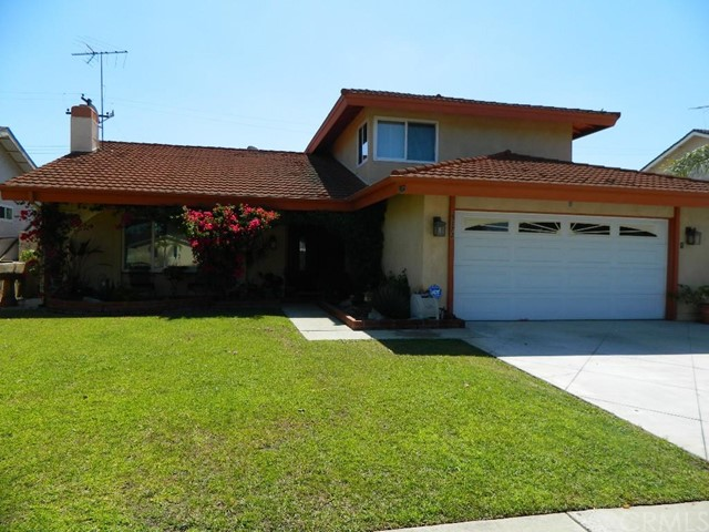 Single Family Home for Sale at 5172 Mccomber St Buena Park, California 90621 United States
